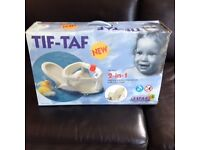 Tif-Taf 2-in-1 bath seat for newborns and toddlers