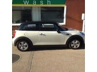2015 MINI Cooper Automatic Mint condition in and out 13,580 miles only need sold by 3rd Feb