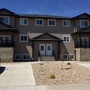 BROOKS, AB - 3 BEDROOMS/3 BATHS CONDO NOW AVAILABLE