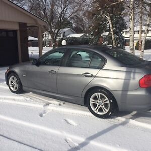 2011 BMW 328i xDrive Classic Edition with premium package