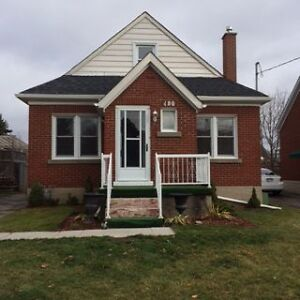 ********HOUSE FOR RENT in JANUARY 1st*******