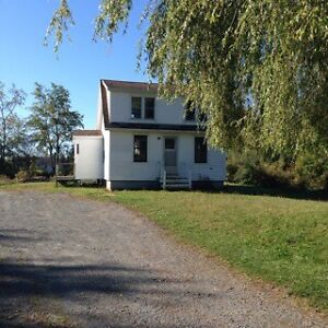AVAILABLE NOW! Small House in Falmouth