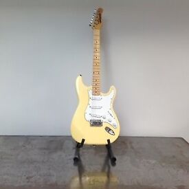 Made for Fender Vintage Stargazer Stratacaster