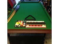 Pool table half size 6'x 3'