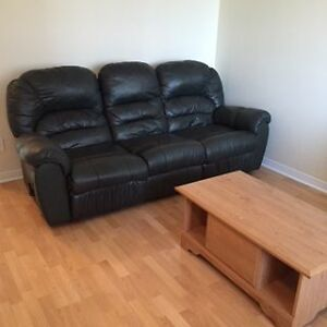 Sofa with 2 recliners
