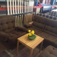 EXCELLENT LOUNGE SUITE with an OTTOMAN 3 X 1 X 1 Bentley Canning Area Preview