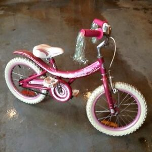 Girl's bike for sale excellent condition *Firm $75*
