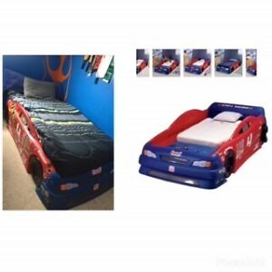 Twin/toddler race car bed