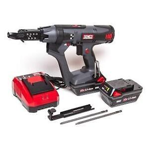 SENCO DS215-18V Cordless DuraSpin Auto-Feed Screwdriver Kit (Reconditioned)