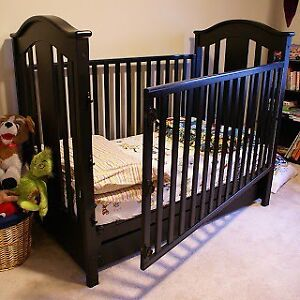 Looking for a free crib for conversion - injured parent