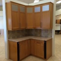 Maple Kitchen Cabinets and countertop