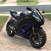 LOOKING FOR A SPORT BIKE 4500$!!! CASH TODAY!!