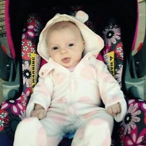 SOMEONE STOLE MY 5 MONTH OLD BABYS STROLLER !! Please help