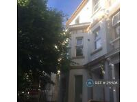 1 bedroom flat in Victoria Place, Plymouth, PL2 (1 bed)