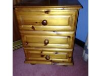 PINE 3 DRAWER BEDSIDE CABINET - LIKE NEW - BARGAIN AT £ 25.00