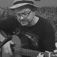 Musician and sound healing ,  Guitar ,voice and Didgerido
