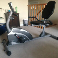 EXERPEUTIC 1000 XLS c Recumbent Bike with Pulse