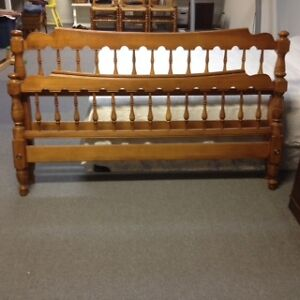 Quality Queen-size Bed Frame Peterborough Peterborough Area image 4