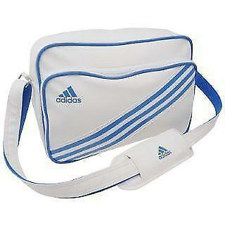 Adidas Messenger Bag  3132e01d1a2c2