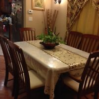 Excellent condiion 6 persons dinning set