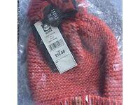 Saltrock Ladies Bobble Hat