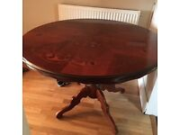 Dining Table - Vintage/Antique look