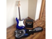 Beginners age 10 +Quality Electric Guitar, guitar amp, guitar stand and Travel bag
