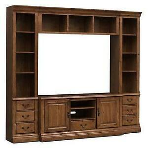 Wall unit , like new