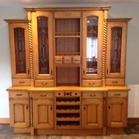Complete Solid Oak kitchen with island, dresser and granite worktop for sale in excellent condition