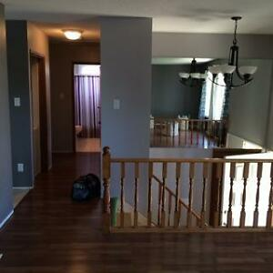 2 Bedroom house with 2 Car Garage available September 1