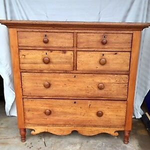 Genuine Canadiana Antique Chest of Drawers: