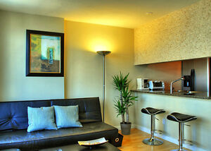 Downtown Waterfront View 2BR Condo, Gym, Pool Downtown-West End Greater Vancouver Area image 3