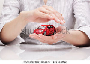 SAVE DOLLARS ON YOUR AUTO INSURANCE.