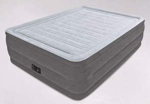 Queen size airbed air mattress double height