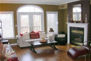 !! Detached, Semis, Townhomes for Lease In Mississauga !!