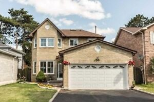 Gorgeous 4+2 Bedrooms House for Rent in Toronto!!