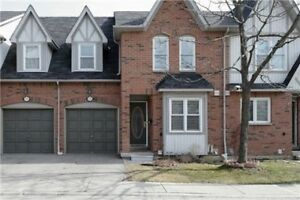 Beautiful And Bright Move-In Condition Well Maintain Townhouse