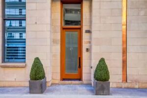 Luxury 4bed/4bath Bay St Townhome - Close to Yorkville, UoftT