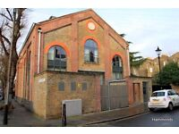 A church conversion in the heart of Bow! Next to DLR - £300 - 07960203393