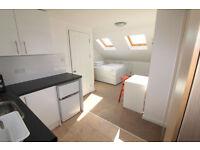 Studio flat in (Studio) Westcombe Hill, Blackheath, SE3