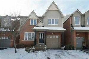 UOIT/Durham College (5 min walk) - 4 Bedroom House