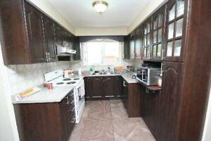 Beautiful 3 Bedroom Semi Detached Home In Brampton X5185245 AP06