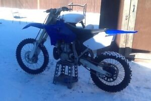 2006 yz 250 Cash or trade 3500$.value