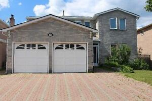 2 -Story, 4 Bed, 3 Bath house in heart of Richmond Hill for rent