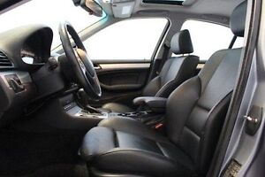 2005 BMW 3 Series 325XI AUT AC TOIT CUIR MAGS 6CYL West Island Greater Montréal image 11