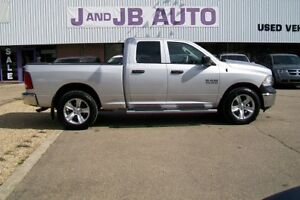** GREAT PRICE ** 2014 RAM 1500  ** PRICED TO SELL**