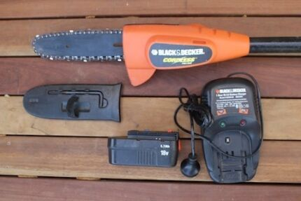 Cordless pole pruner Black and Decker Berrima Bowral Area Preview
