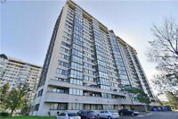 Absolutely Stunning 2 B/R + Den, 2 W/R Condo at Prime Location