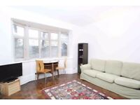 Lovely 1-Bed Flat to Rent in Lever Street, London EC1V