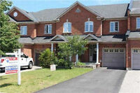 Awesome Freehold Townhouse At Churchill Meadows.